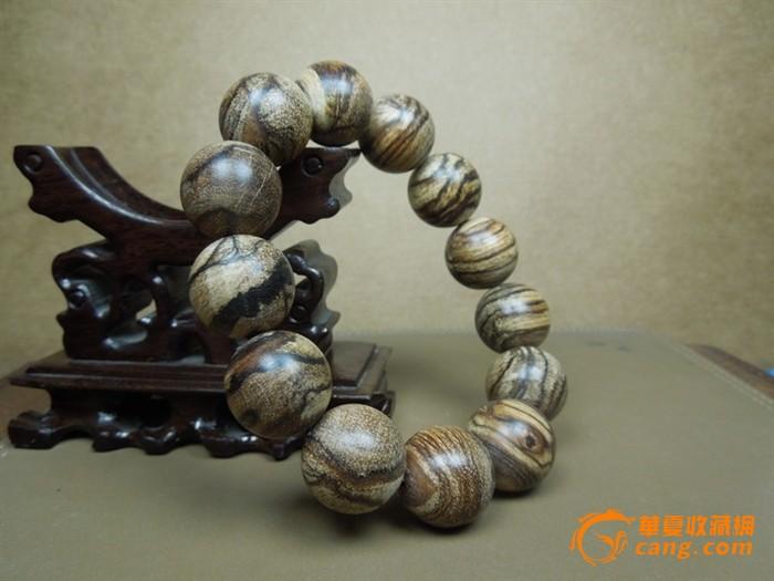 天然沉香木印尼花奇楠圆珠手链 珠子直径18毫米 包快递