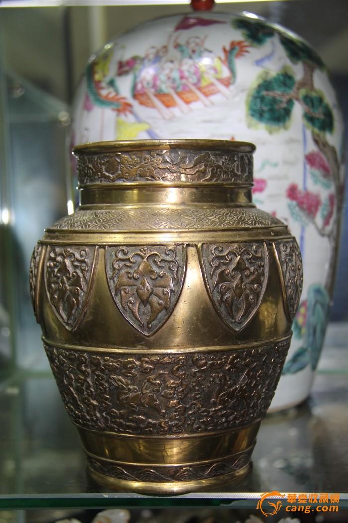 乾隆黄铜精工铸造海马锦地纹鎏金直口尊图1-在线竞价-图片|图库|价格