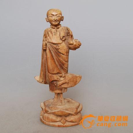 明代木雕罗汉像