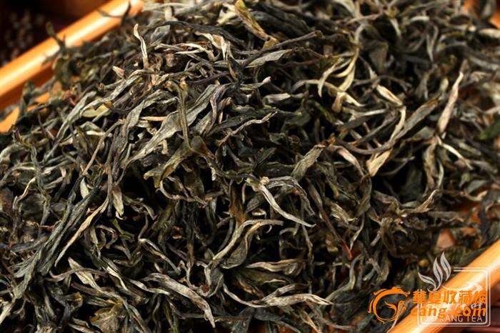 云南普洱茶冰岛大叶古树生茶散茶山头茶经典
