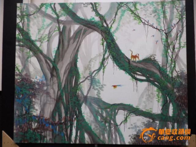 1991年在艺术创作活动中以丙烯画打造出自己独创的艳彩装饰画风.